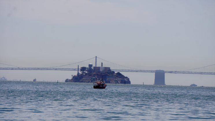 Blick auf Alcatraz von Sausalito